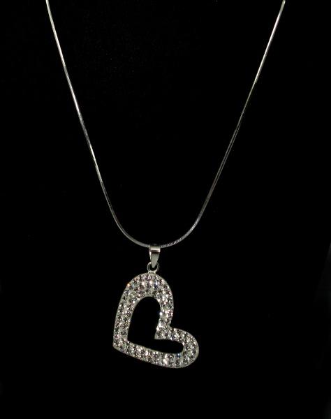 Stříbrný řetízek s přívěskem kamínky Swarovski tvar srdce bílé