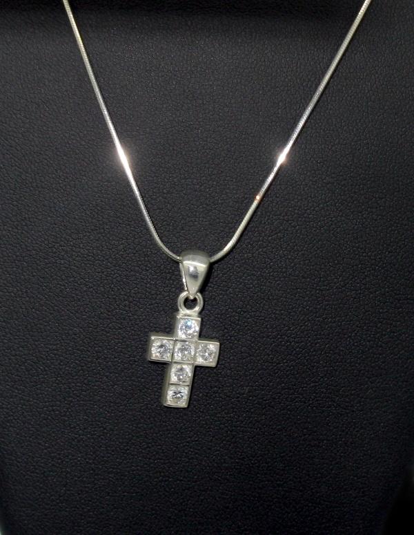 stříbrný řetízek s přívěskem křížek bily zirkon