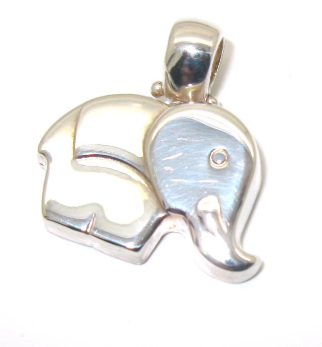 stříbrný přívěsek slon bez kamínku 925/1000