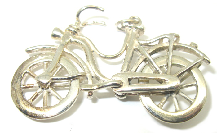 Stříbrný přívěsek jízdní kolo 925/1000