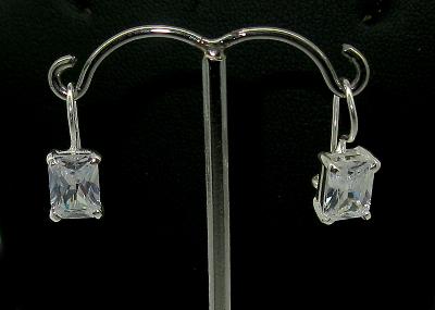 stříbrné náušnice s kaminkem zirkon, klasické zapínání