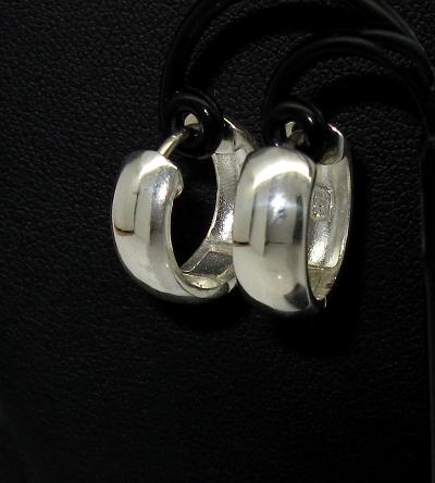 stříbrné náušnice kroužky na zaklapnutí lesklé