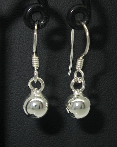 Stříbrné náušnice bez kamínku styl tvary koule lesk