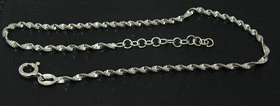 Stříbrné řetízky na nohu vzor jemný točený italská lambáda