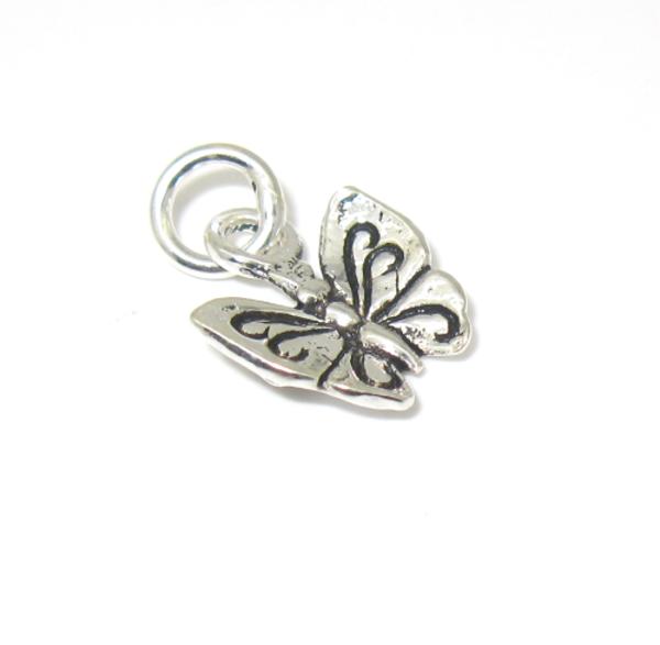 stříbrný přívěsek motýlek malý jemný